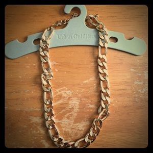 Urban Outfitters chunky chain necklace